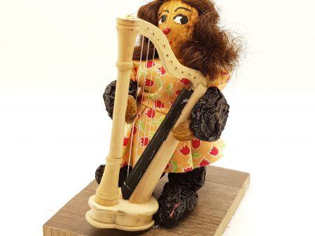Harfenspielerin